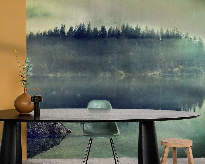 Sfeerimpressie behang: Namiddag in november van Susann Serfezi