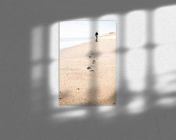 Bruits de pas sur la plage sur Christel Verschuren
