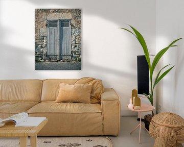 Oude Deur Poort in Frankrijk van Art By Dominic