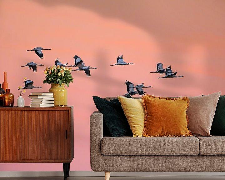 Sfeerimpressie behang: Kraanvogels van Luuk Belgers