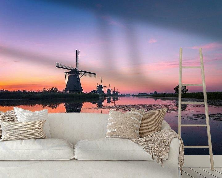 Sfeerimpressie behang: Zonsopkomst Kinderdijk 12 van Henk Smit