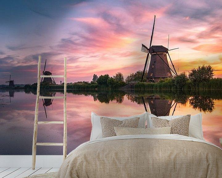Sfeerimpressie behang: Zonsopkomst Kinderdijk 13 van Henk Smit
