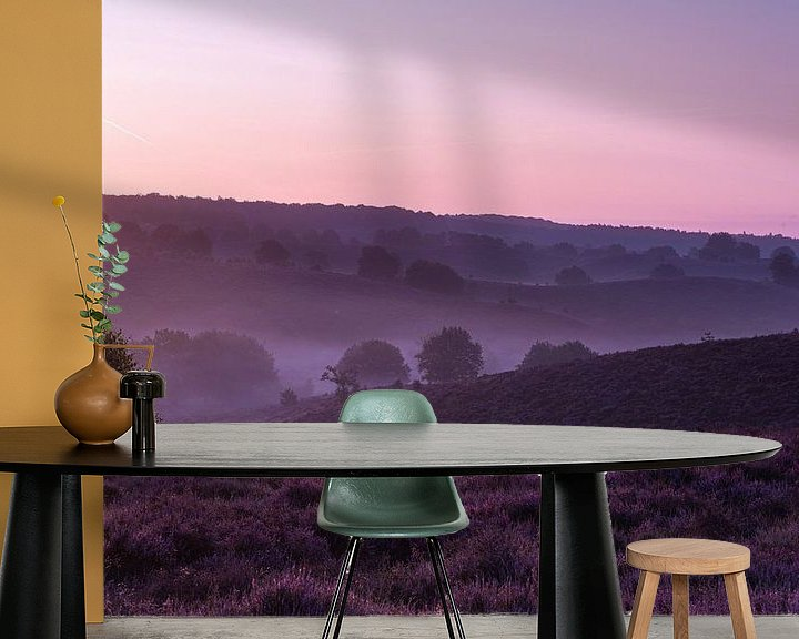 Sfeerimpressie behang: De paarse wereld van Albert Lamme