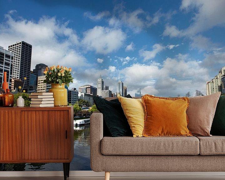 Sfeerimpressie behang: Een uitzicht op de Yarra River, Melbourne, Victoria, Australia van Tjeerd Kruse