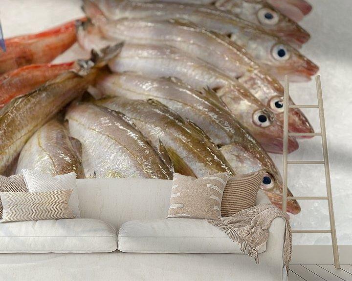 Sfeerimpressie behang: Verse vis op de markt van Mark Bolijn