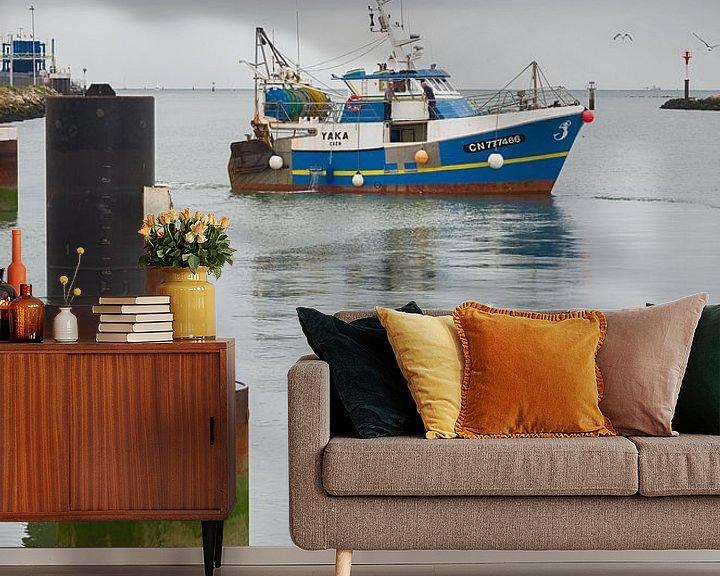 Beispiel fototapete: Fischerboot im Hafen von Mark Bolijn