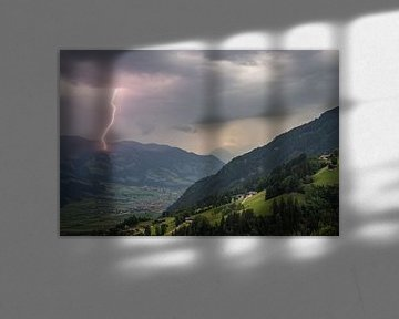 Blitze in den Alpen von Menno van der Haven