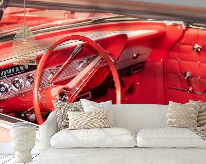 Sfeerimpressie behang: Chevy Impala 65 van Marcel Bakker