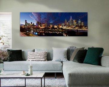 Melbourne skyline in de avond