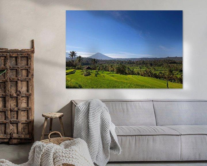 Sfeerimpressie: Mount Agung of Gunung Agung. Een weergave van een heilige en beroemde Balinese vulkaan van Tjeerd Kruse