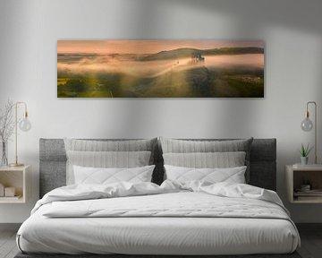 Panorama zonsopkomst Corfe Castle, Dorset, Engeland van Henk Meijer Photography