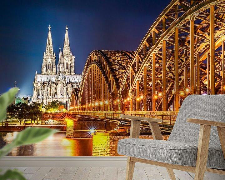 Sfeerimpressie behang: Keulse kathedraal bij nacht van Günter Albers