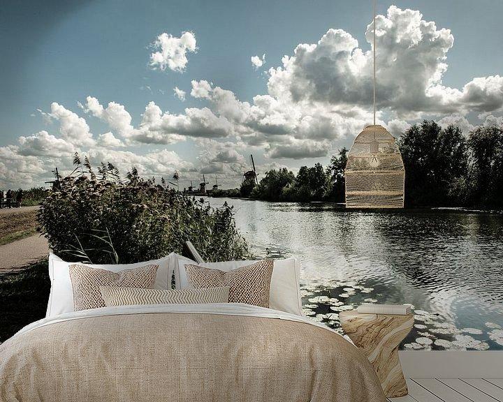 Sfeerimpressie behang: Windmolens aan de Kinderdijk. van Brian Morgan