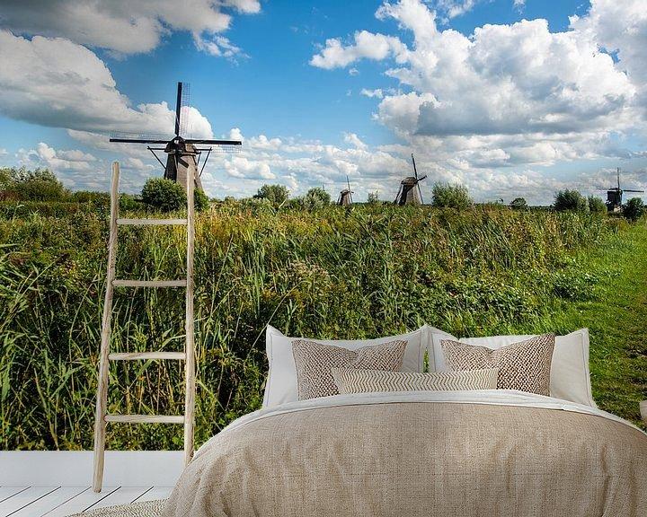 Sfeerimpressie behang: Kinderdijk Holland. van Brian Morgan