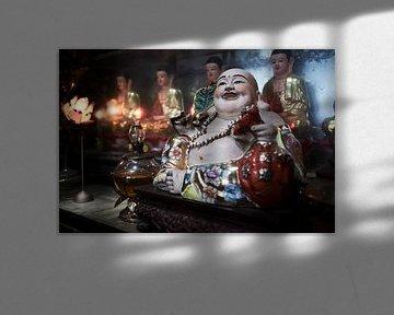 Buddha in Vietnamese tempel van Karel Ham