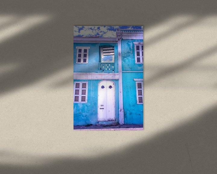 Sfeerimpressie: Blauw vervallen huis Curacao Pietermaai van Marly De Kok