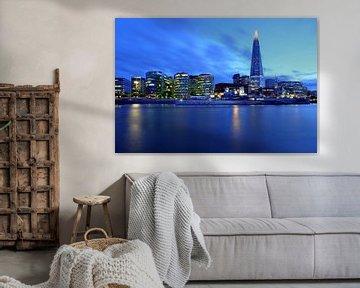 Blaues London von Patrick Lohmüller