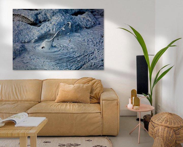 Sfeerimpressie: Hverir kokende modderpot 2 van Anton de Zeeuw