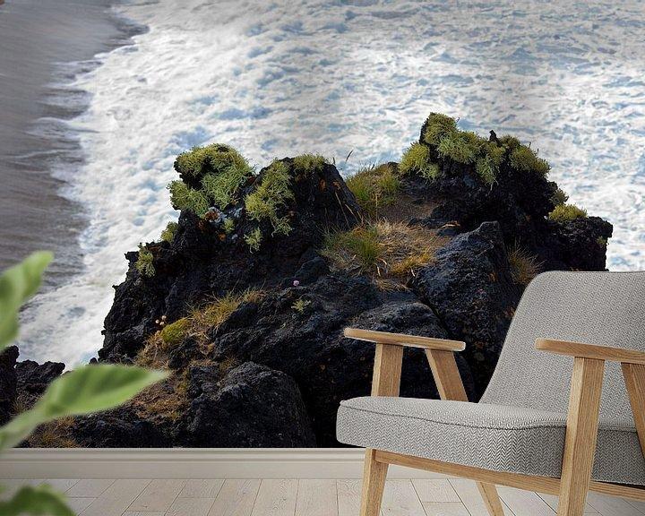 Sfeerimpressie behang: Kust IJsland van Anton de Zeeuw