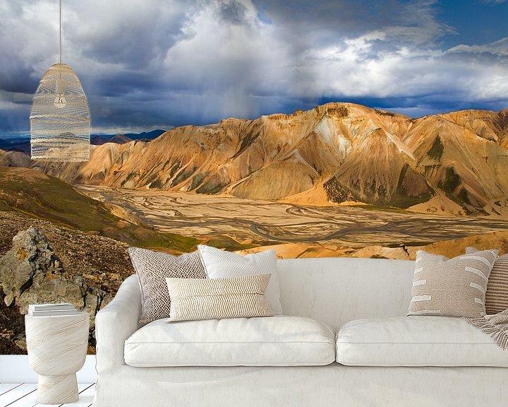 Sfeerimpressie behang: Landmannalaugar te IJsland 2 van Anton de Zeeuw