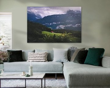 Haus in den Bergen von Isa V
