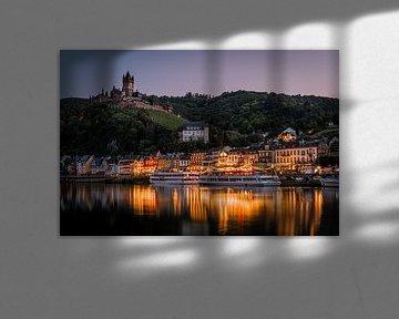 Cochem sur la Moselle au coucher du soleil sur Tim Wouters