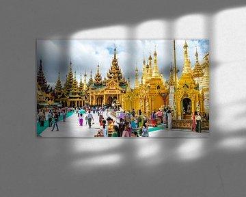 Shwedagon Pagoda van Matthijs Peeperkorn
