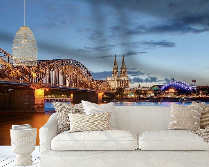 Beispiel fototapete: Köln am Abend von Michael Valjak