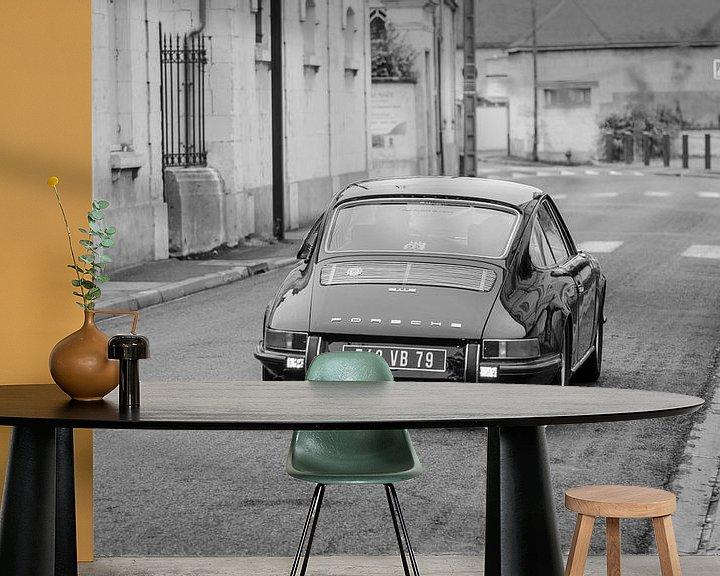 Sfeerimpressie behang: Oude Porsche van Mark Bolijn