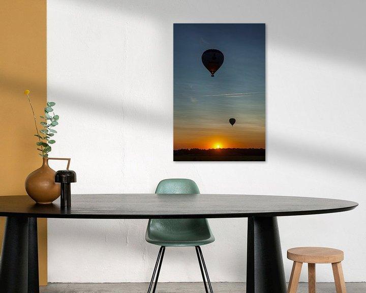 Sfeerimpressie: Ballonvaart tijdens zonsondergang van Elly Damen
