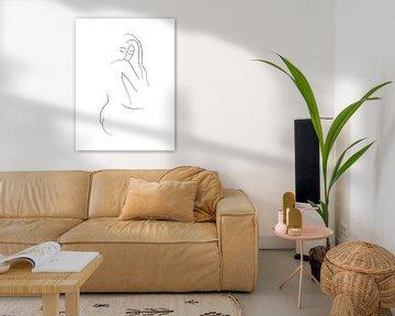 Elegante Damen-Linienzeichnung von MDRN HOME