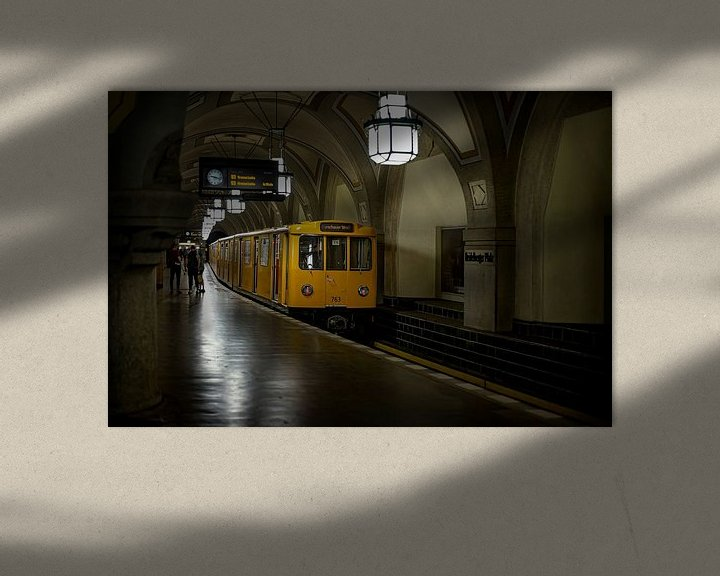 Sfeerimpressie: Metro Berlijn van Eus Driessen