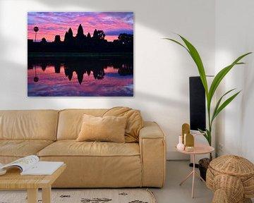 Zonsopkomst bij Angkor Wat van Renzo de Jonge