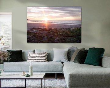 Sonnenuntergang am Strand von Renesse von Laurens van Eijndthoven