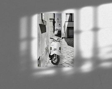 Italienische Vespa von Deborah Zannini