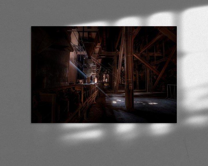 Sfeerimpressie: Lichtinval in een verlaten hoogoven van Eus Driessen