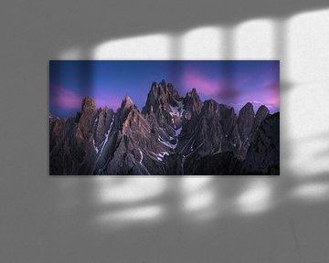 Dolomieten Panorama Blue Hour 2:1 van Vincent Fennis