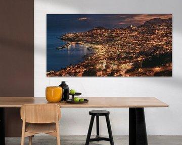Madeira Funchal op het blauwe uur van Jean Claude Castor