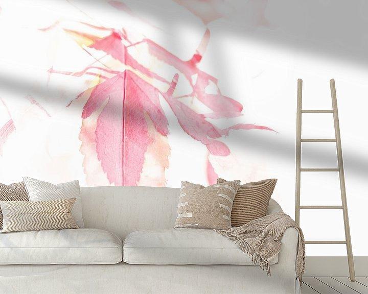 Sfeerimpressie behang: Aquarel Japanse Esdoorn van Erna Böhre
