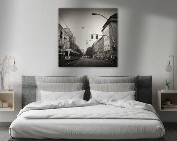 Analoge zwart-witfotografie: Berlijn - Oranienburger Strasse van Alexander Voss