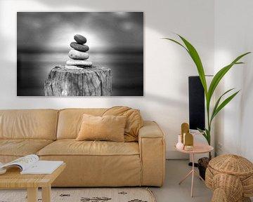 Zen Stone (zwart-wit) van Rob Blok