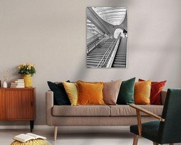 Arnheimer Architektur - Treppe Bahnhof Arnheim Architekt Ben van Berkel von Marianne van der Zee