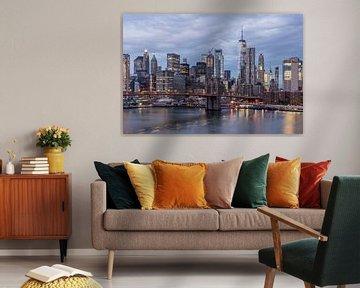 Lower Manhattan with One World Trade Center & Brooklyn Bridge. van Bert Buijsrogge