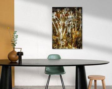 Les plantes botaniques impriment l'ocre et le noir sur Angela Peters