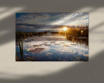 Zonsondergang op het water van Jaap Terpstra