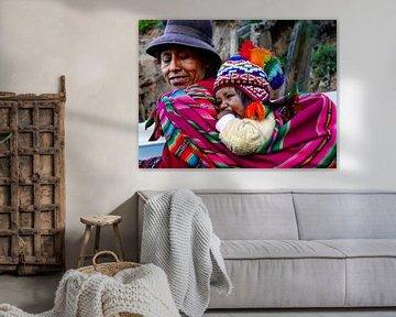 Moeder en kind van Julia Menso