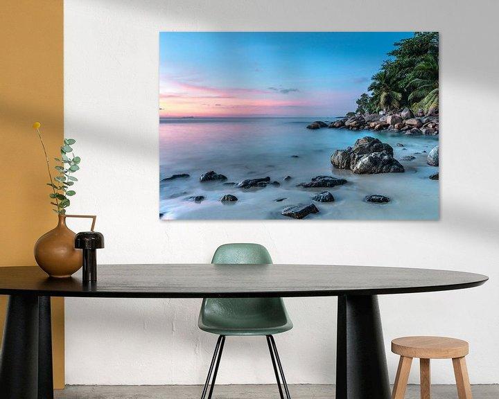 Beispiel: Sonnenuntergang am tropischen Strand der Seychellen von Krijn van der Giessen