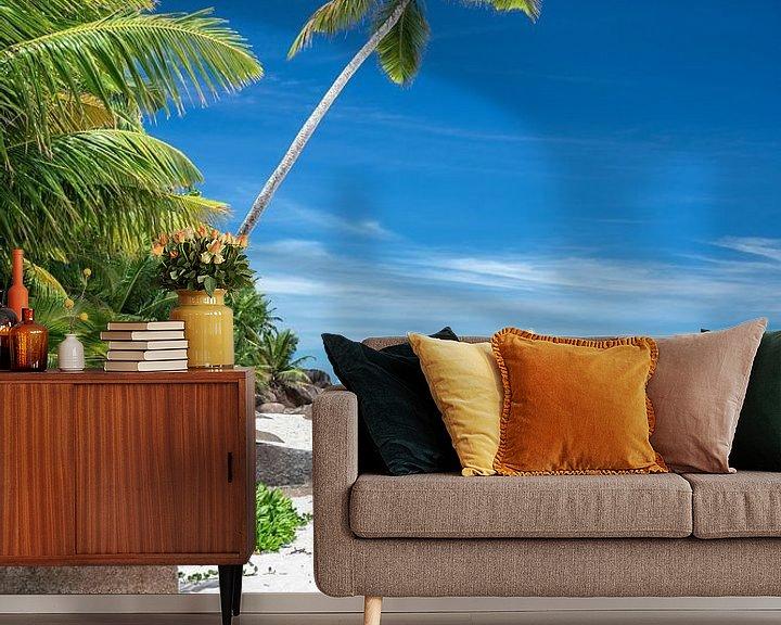 Beispiel fototapete: Tropischer Strand mit Palmen auf den Seychellen von Krijn van der Giessen