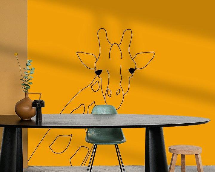 Sfeerimpressie behang: Giraffe van MishMash van Heukelom