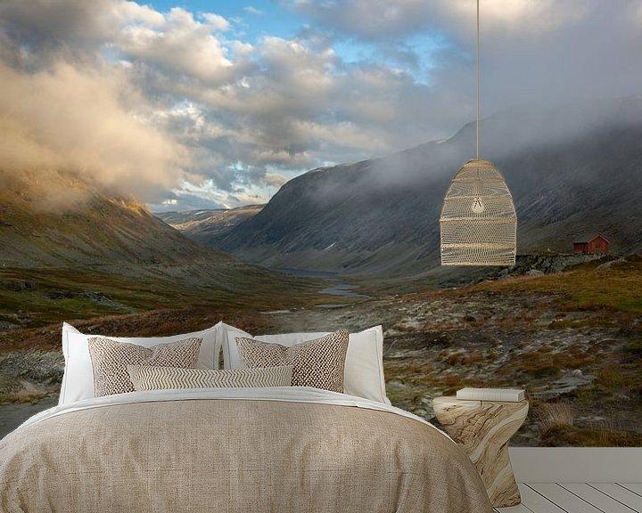 Sfeerimpressie behang: Geirangerfjord pass van Gilbert Schroevers
